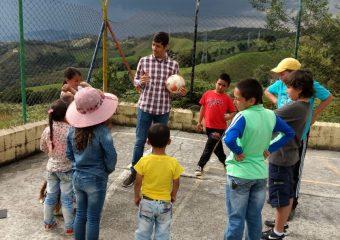 Acciones lúdico-recreativas y artísticas: Parche al Campo en la vereda Colmenas.